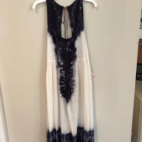 Roxy Dresses & Skirts - Dip Dye Sundress